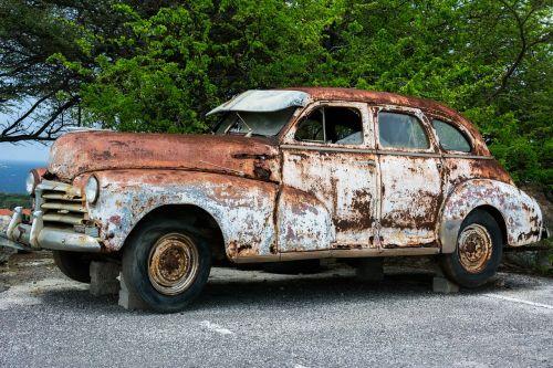 vintage car rusty old
