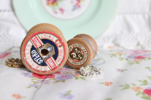 vintage spools vintage thread vintage cotton