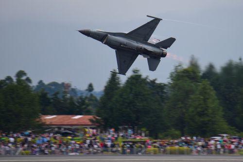 viper east demonstration team f-16 usaf