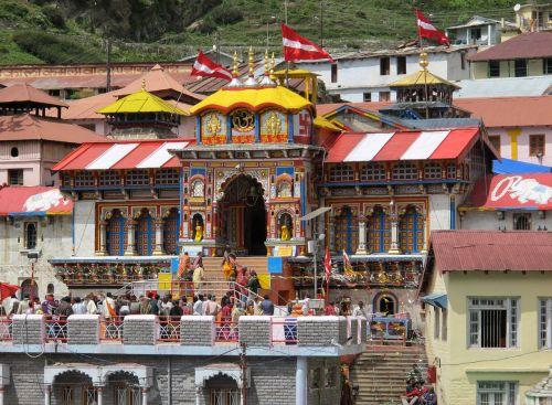 vishnu temple badrinath himalayas