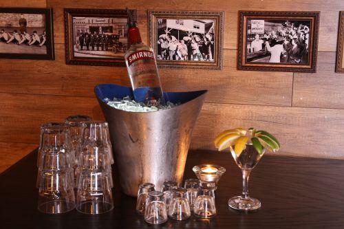 vodka club beverage