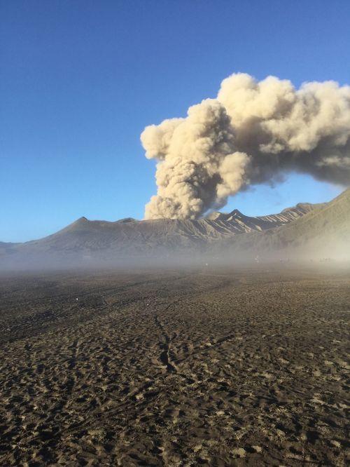 volcano bromo java