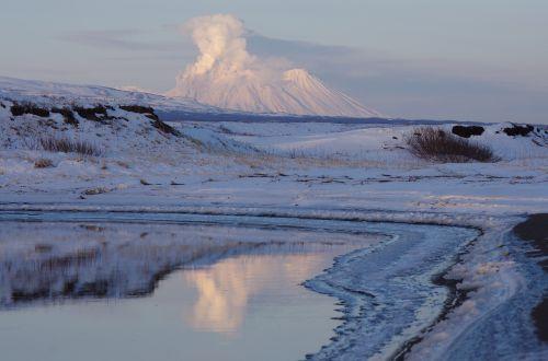 volcano zhupanovsky the eruption