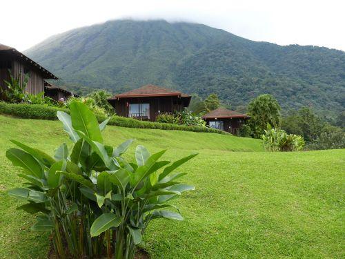 vulkanas,arenalas,Kosta Rika,Centrinė Amerika,tropikai,atogrąžų,loehold,turizmas,pieva,kraštovaizdis,tropinė augmenija,atogrąžų miškas,atogrąžų miškai,džiunglės