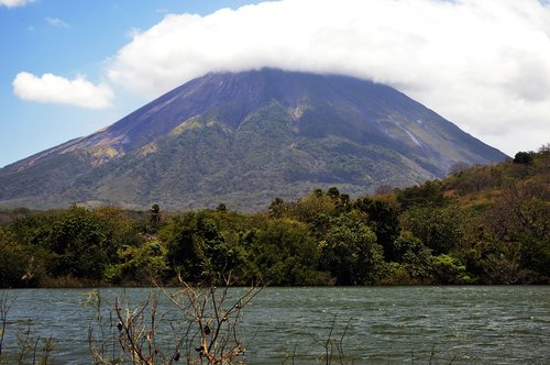 volcano  ometepe  nicaragua