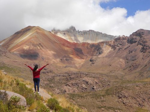 volcano bolivia women