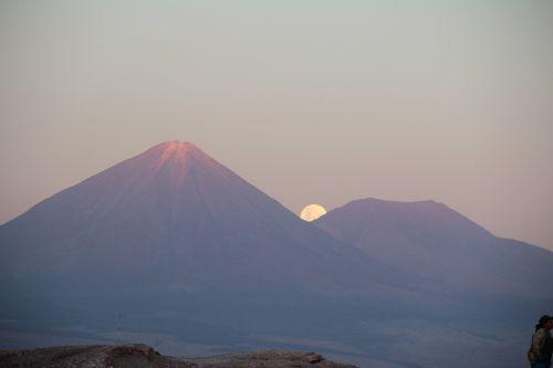 volcano licancabur san pedro de atacama