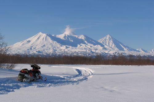 volcanoes mountains winter