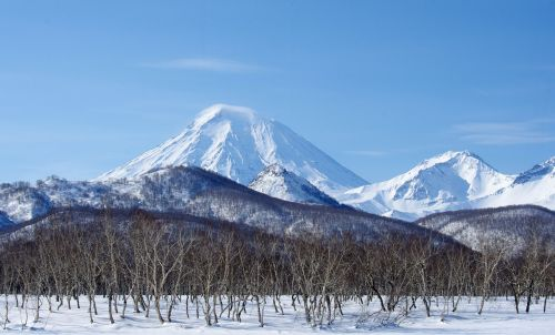 volcanoes mountains winter