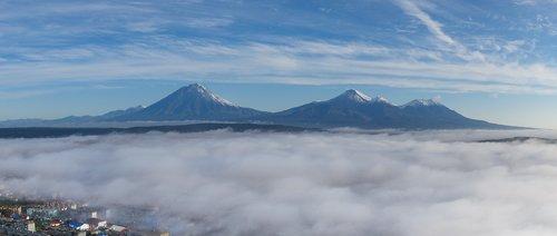 volcanoes  mountains  fog