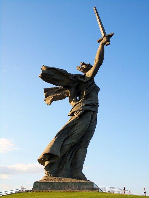 volgograd  mother motherland  city of hero