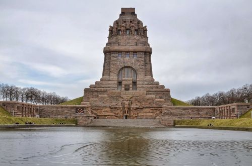 völkerschlachtdenkmal monument leipzig