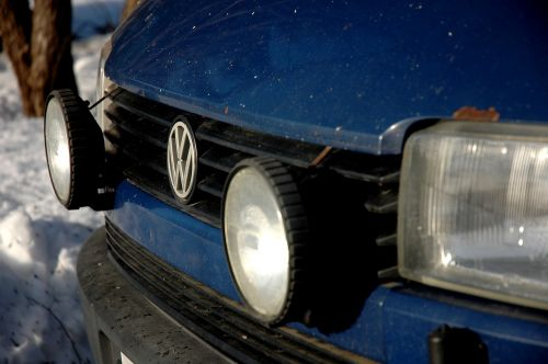 volkswagen wolkkari blue car