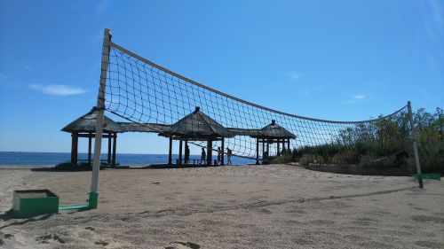 volleyball net idle
