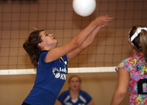 volleyball female volley
