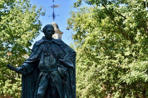 w m campus statue
