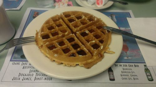 waffles syrup diner