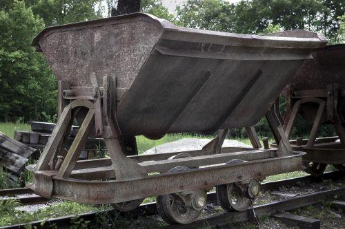 wagon iron rail