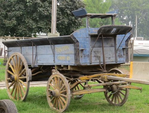 wagon old vintage