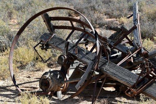 wagon  old  abandoned