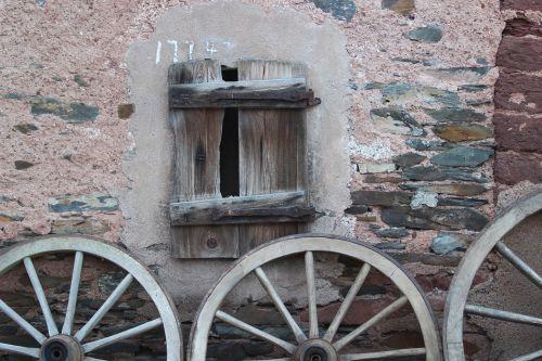 wagon wheel wheels old