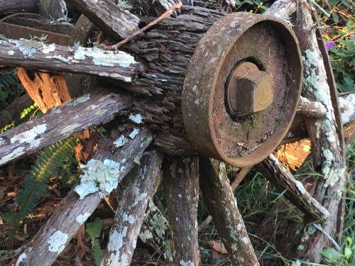 wagon wheel rustic wheel rustic