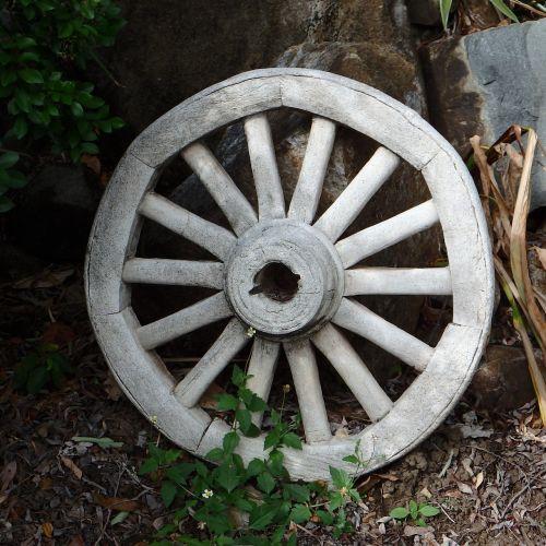 wagon wheel garden wagon