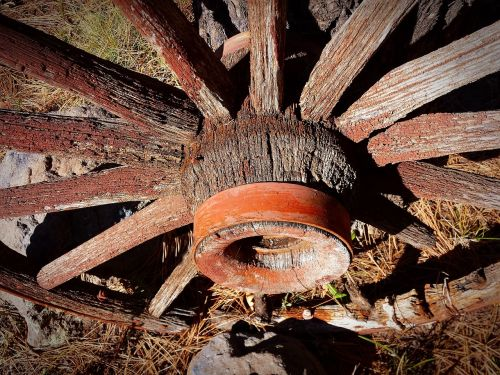 wagon wheel antique western