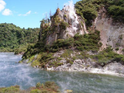waimangu new zealand volcanic