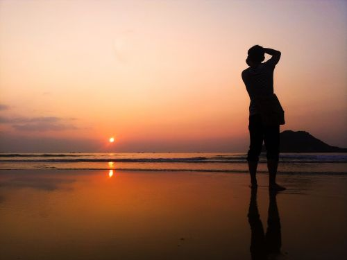 waiting for sunset sunset on viet nam beach i love sunset