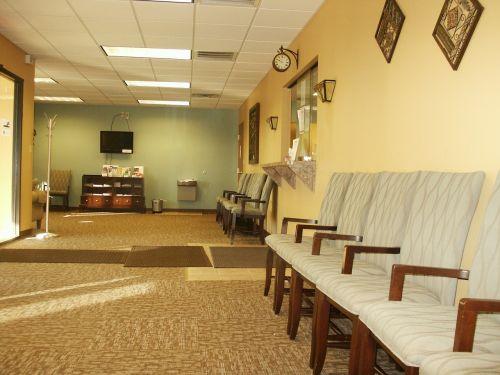 waiting room anteroom doctors