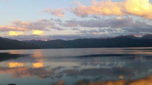 walchensee evening sun mountains