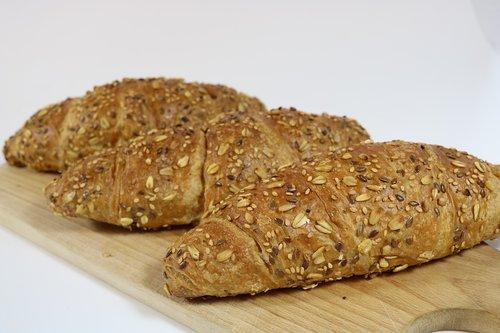 waldkorn  croisants  baker