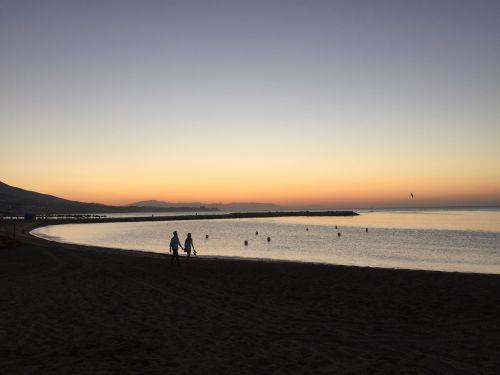 fuengirola, Ispanija, papludimys, jūra, Viduržemio jūros, pora, meilė, saulėtekis, šventė, medis, delnas, turizmas, costa, del, sol, kalnai, vaikščiojimas fuengirola paplūdimyje, Ispanija