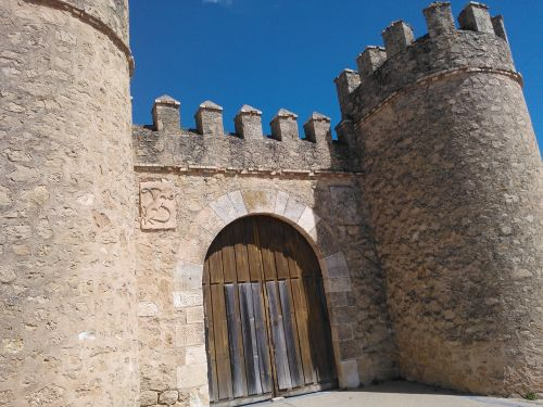 wall castle donjon