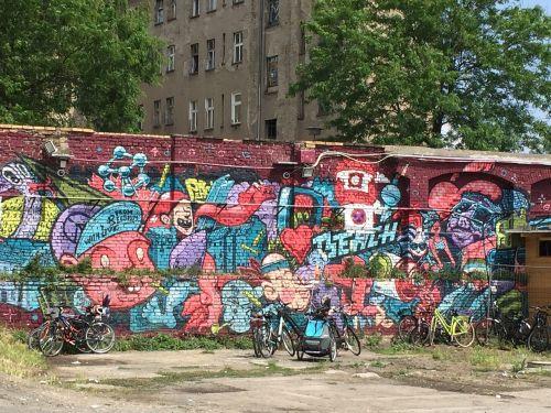 wall berlin colors