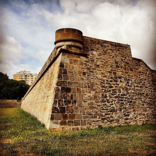 wall citadel pamplona fortification