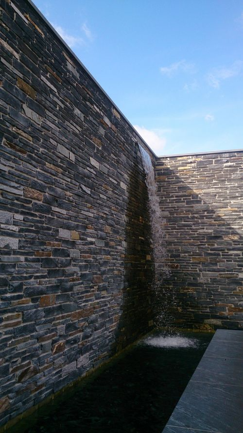 wall water architecture