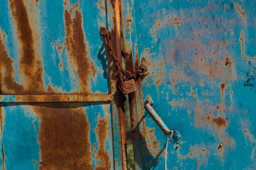 wall old rusty