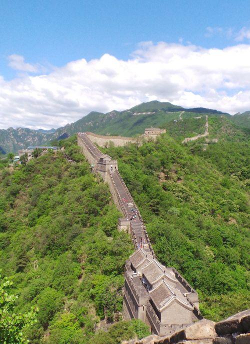 wall of china wall mountains