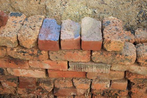 Wall Of Loose Bricks