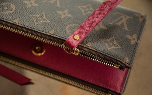 wallet vuitton leather