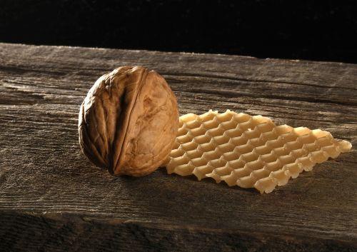 walnut honeycomb wood