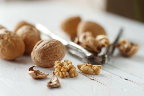 walnuts califonia raw