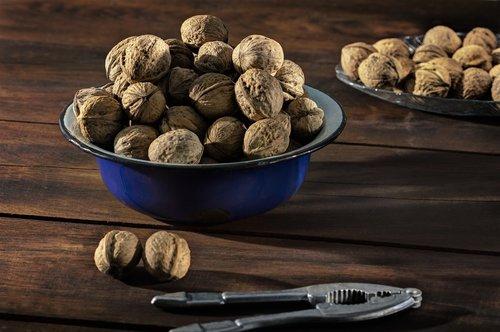walnuts  nuts  nutcracker