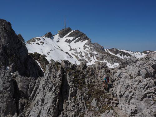 wanderin mountaineering mountaineer