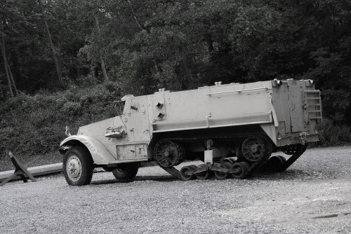 traces of the past a truck military