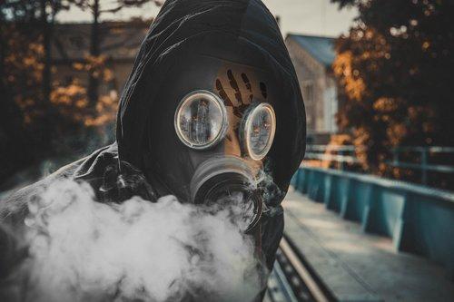 war  mask  gas