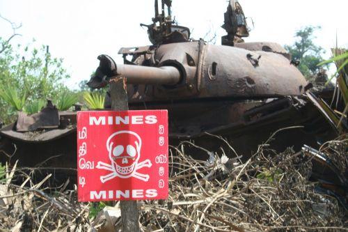 war tank mines