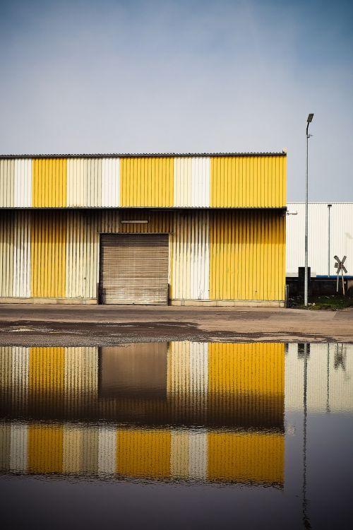 warehouse port stock